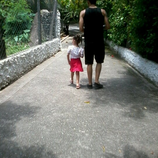 Photo taken at Parque das Hortênsias by Roberta R. on 12/6/2012