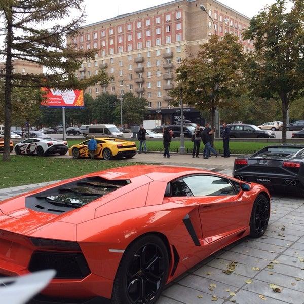 Lamborghini Dealership: Дорогомилово