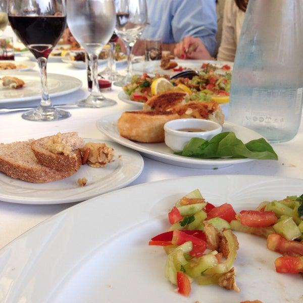 5/10/2014 tarihinde Martine S.ziyaretçi tarafından Matbah Restaurant'de çekilen fotoğraf