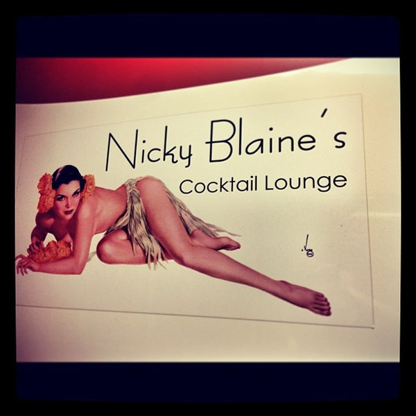 Photo taken at Nicky Blaine's Cocktail Lounge by Greg F. on 9/22/2013