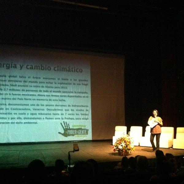 Foto tomada en Teatro Hidalgo por Eli B. el 4/13/2013