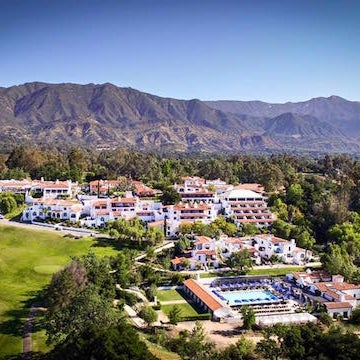 Here, you can play a 18-hole round of golf, dine at a long list of restaurants, swim in the hotel's pools, or have a spa day in their 31,000-square-foot spa.