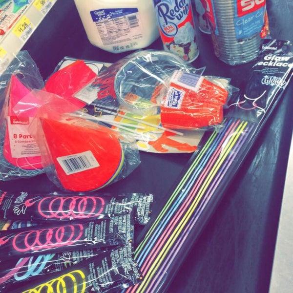 Photo taken at Walmart Supercenter by Fernando O. on 1/15/2015
