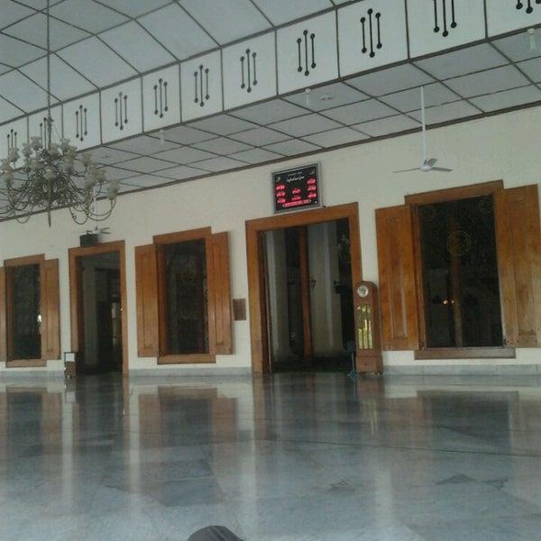 Photo taken at Masjid Jami' Kauman Pekalongan by Verdico A. on 9/17/2013