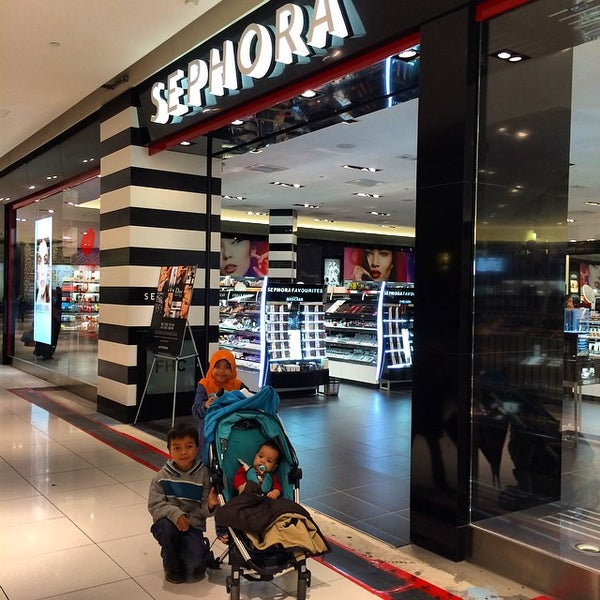 Sephora was founded in by Dominique Mandonnaud, who dreamed of creating an innovative type of beauty shop where clients could sample products before making a purchase. The Sephora model revolutionized the cosmetics industry, and today there are Sephora locations across the globe.
