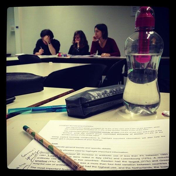 Instituut voor levende talen college academic building in leuven - Outs idee open voor levende ...