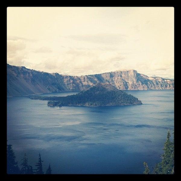 Photo taken at Crater Lake National Park by Saliha on 10/14/2012