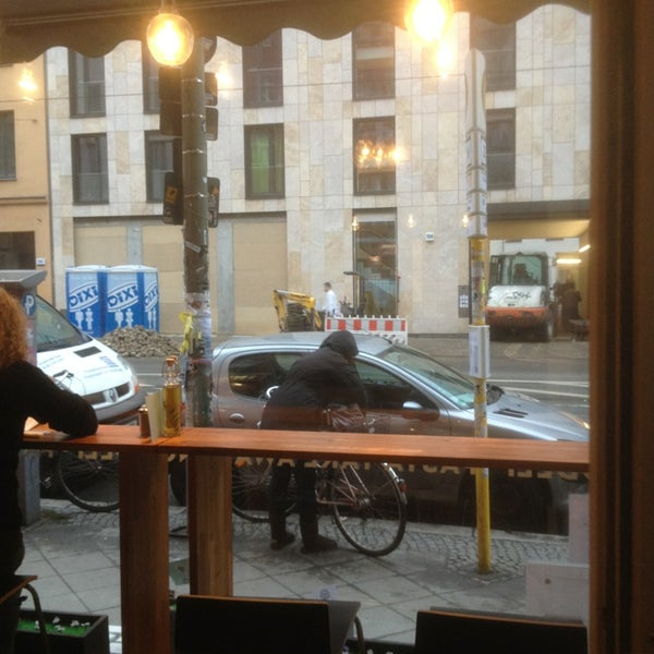 Das Foto wurde bei NOODELI - Pasta Take Away von Joe am 12/19/2012 aufgenommen