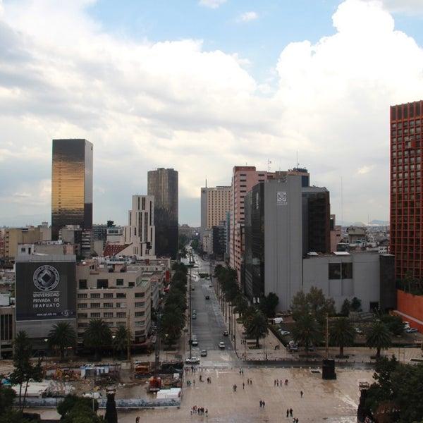 Das Foto wurde bei Mirador Monumento a la Revolución Mexicana von Carlos M. am 7/29/2013 aufgenommen