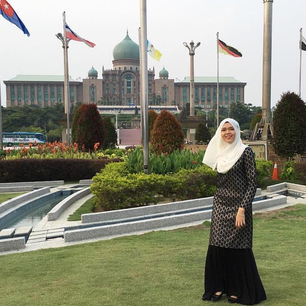 Photo taken at Prime Ministers Office by Nur Syahida on 3/31/2016