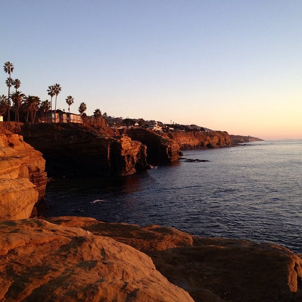 Foto tirada no(a) Sunset Cliffs Natural Park por Mariana B. em 12/13/2012