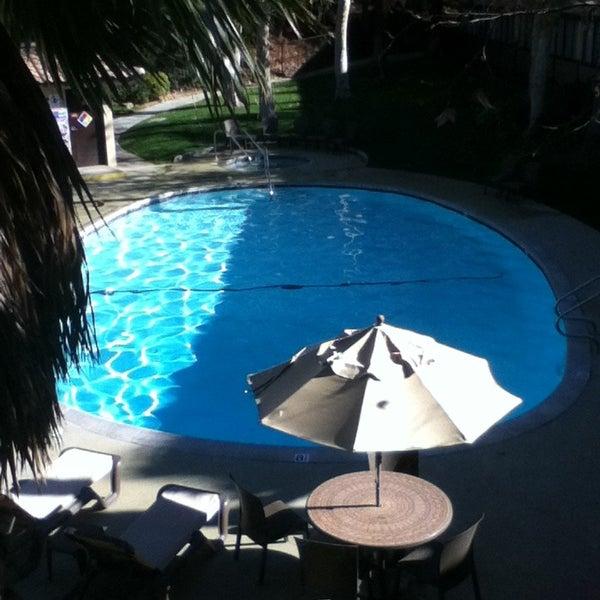 Снимок сделан в Best Western Valencia Inn пользователем חפציבה 12/31/2012