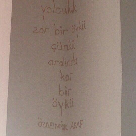 8/31/2013 tarihinde Büşra Ö.ziyaretçi tarafından Ada Cafe'de çekilen fotoğraf