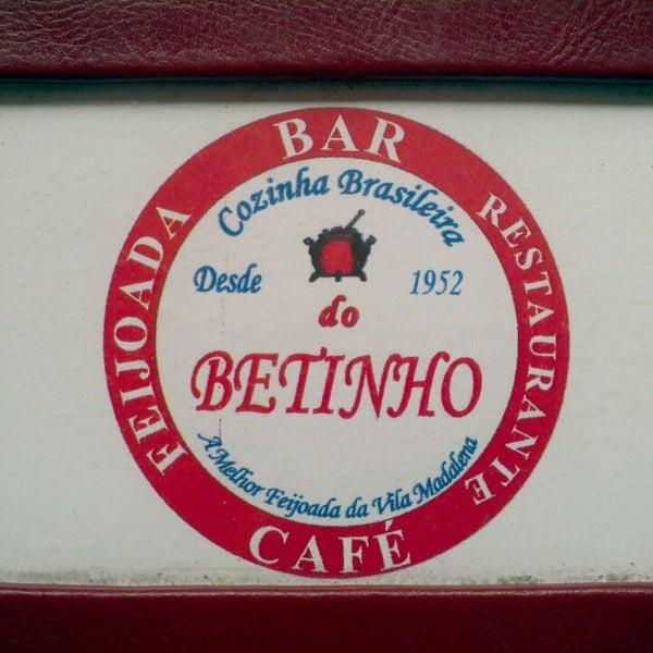 Foto tirada no(a) Bar do Betinho por Tulio B. em 5/22/2013