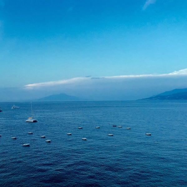 9/4/2015にRob C.がJK Place Capriで撮った写真