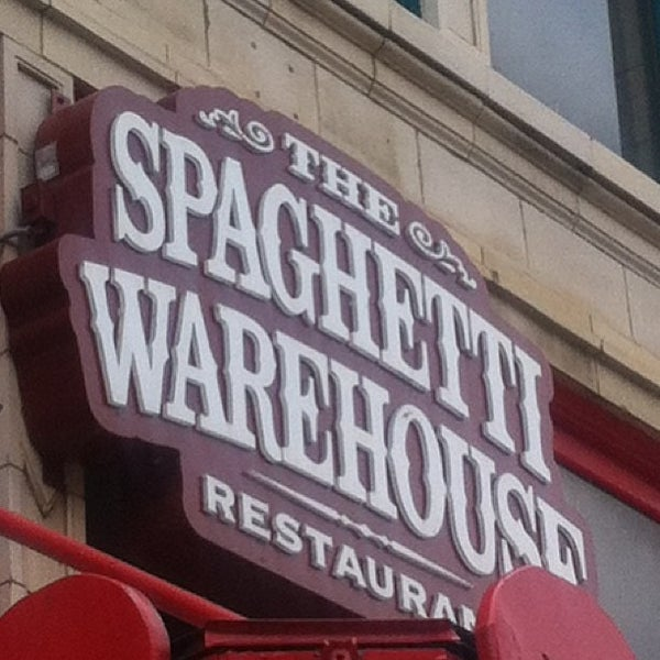 Photo taken at Spaghetti Warehouse by Michelle A. on 7/2/2013