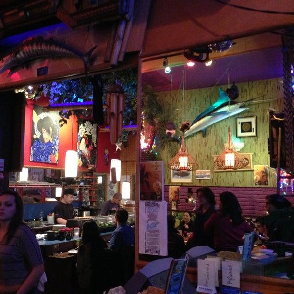 Ohana casa de sushi em belltown for Food bar ohana