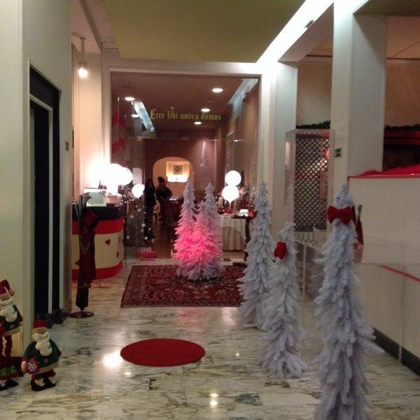 Foto scattata a Hotel Mediterraneo da Stefania N. il 11/30/2013