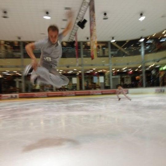 Снимок сделан в Айс Холл / Ice Hall пользователем Denys D. 9/24/2012