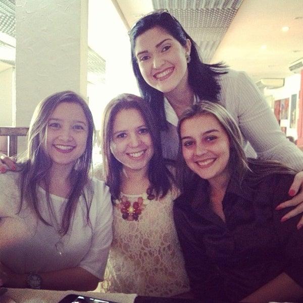 Foto tirada no(a) Limone Restaurante e Café por Isabela G. em 1/18/2013