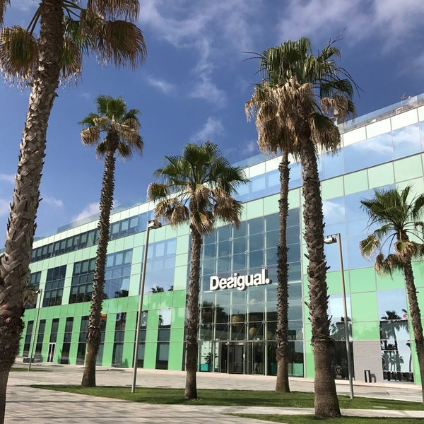 Desigual worldwide headquarters la barceloneta 13 tips - Desigual oficinas barcelona ...