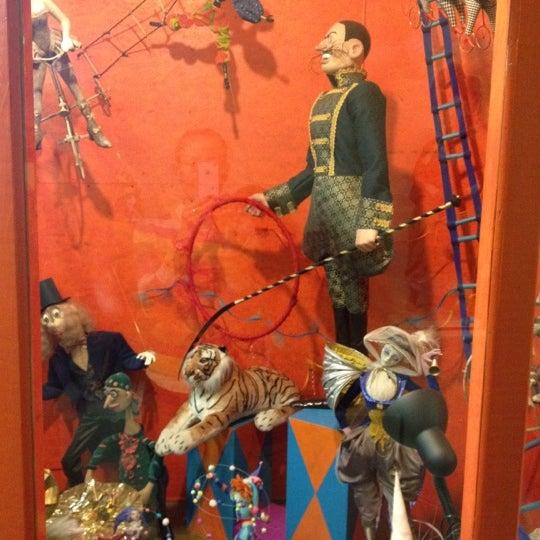 Снимок сделан в Музей кукол пользователем Julia T. 12/22/2012