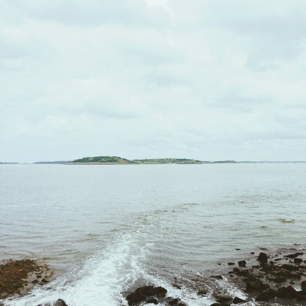 7/2/2013 tarihinde fouhyziyaretçi tarafından Castle Island'de çekilen fotoğraf