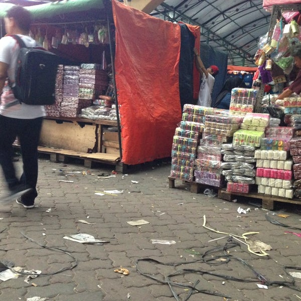 Photo taken at Pasar Asemka by Inieke S. on 12/8/2013