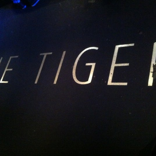 Photo taken at The Tiger by Mari 🍉 L. on 10/6/2012