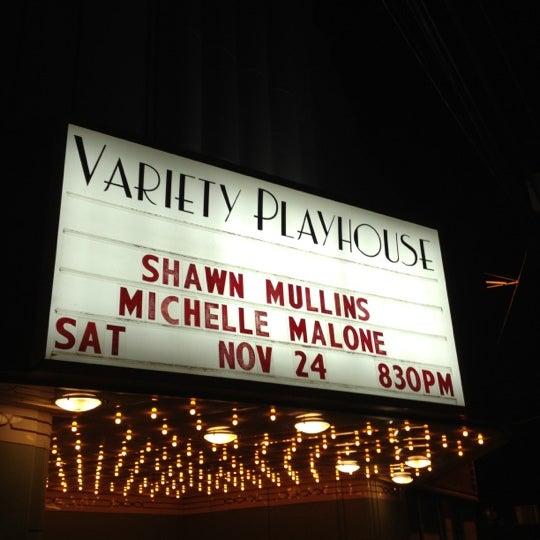 11/25/2012 tarihinde Linda B.ziyaretçi tarafından Variety Playhouse'de çekilen fotoğraf