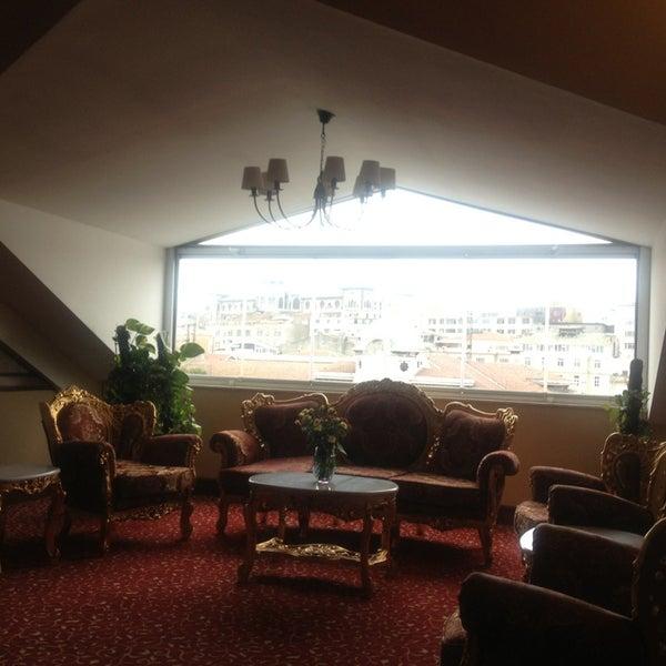 2/26/2013 tarihinde Sole Mio o.ziyaretçi tarafından Legacy Ottoman Hotel'de çekilen fotoğraf