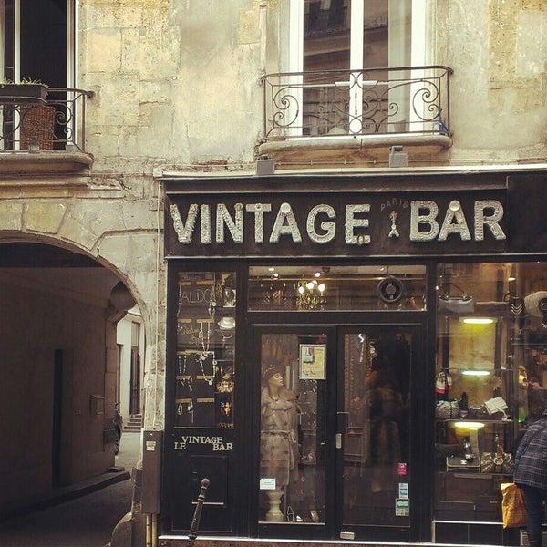 vintage bar h tel de ville paris le de france. Black Bedroom Furniture Sets. Home Design Ideas