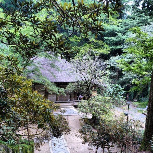 Photo taken at 室生寺 by Izumi T. on 9/22/2012