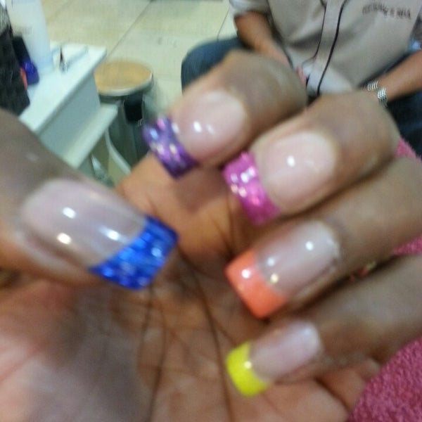 Top q nails n spa cosmetics shop in papillion for A q nail salon