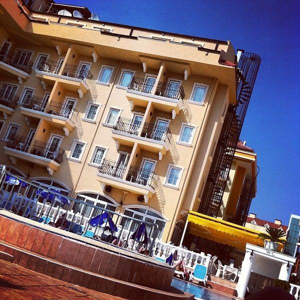 Foto scattata a Sinatra Hotel da Maria A. il 5/6/2013