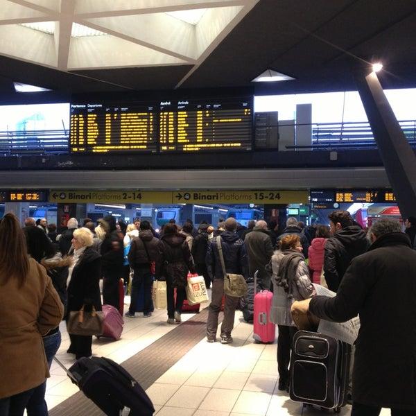 Photo taken at Napoli Centrale Railway Station (INP) by egami on 1/5/2013