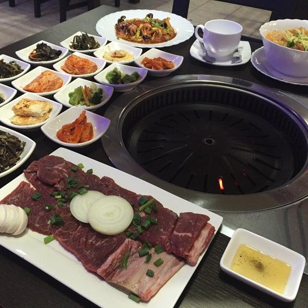 Foto tomada en Korean BBQ гриль por Кира Владимировна💐 el 1/27/2016