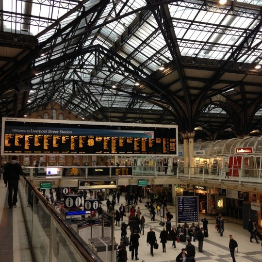 Photo taken at London Liverpool Street Railway Station (LST) by Daria on 11/9/2012