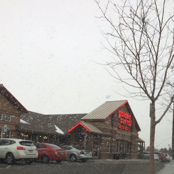 Photo taken at Golden Corral by Diana K. on 12/25/2015