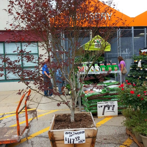 Photos at The Home Depot - Oakbrook Terrace, IL