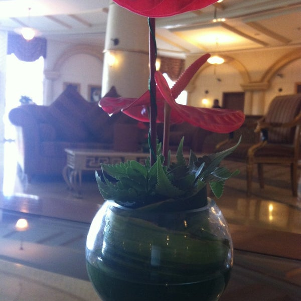 Photo taken at Habtoor Grand Resort, Autograph Collection by Ирина Ф. on 4/25/2013