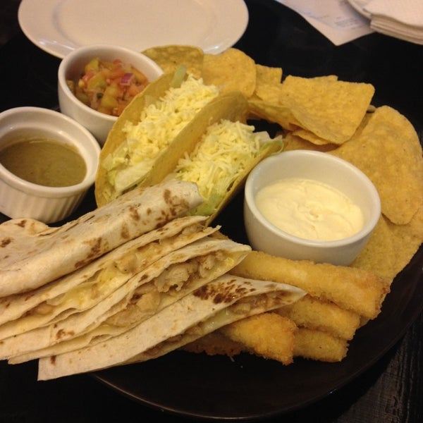 Photo taken at Jalapeño Authentic Tex-Mex Cuisine by Edes C. on 12/3/2013