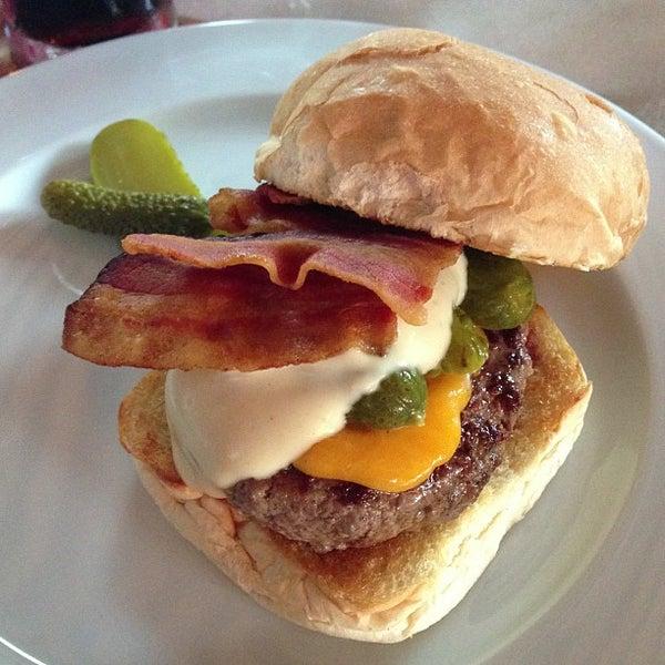 Foto tirada no(a) Meats por Breno M. em 1/3/2013