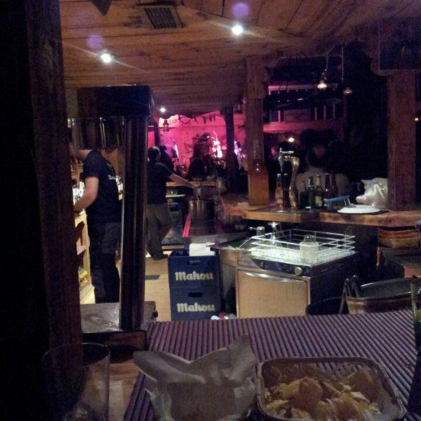 La frontera saloon bar bar en collado villalba for Sala 8 collado villalba
