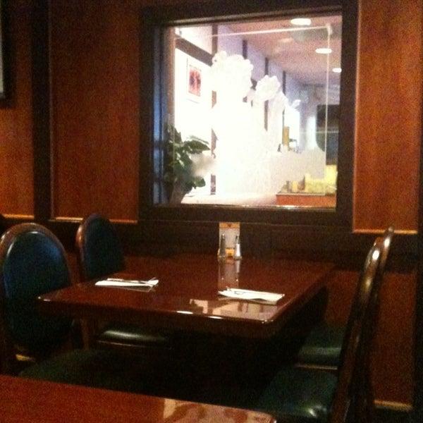 รูปภาพถ่ายที่ Thai Original BBQ & Restaurant โดย Michael M. เมื่อ 2/5/2013