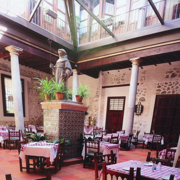 Foto tomada en Restaurante Placido por Ricardo M. el 3/18/2013