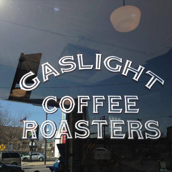 Foto tomada en Gaslight Coffee Roasters por Jimmy S. el 4/21/2013
