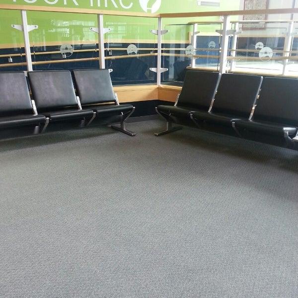 Foto tomada en Burlington International Airport (BTV) por Jay D. el 7/3/2013