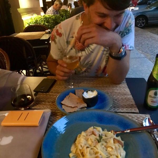 Das Foto wurde bei MINE restaurant / WINE bar von Nikita R. am 6/22/2017 aufgenommen