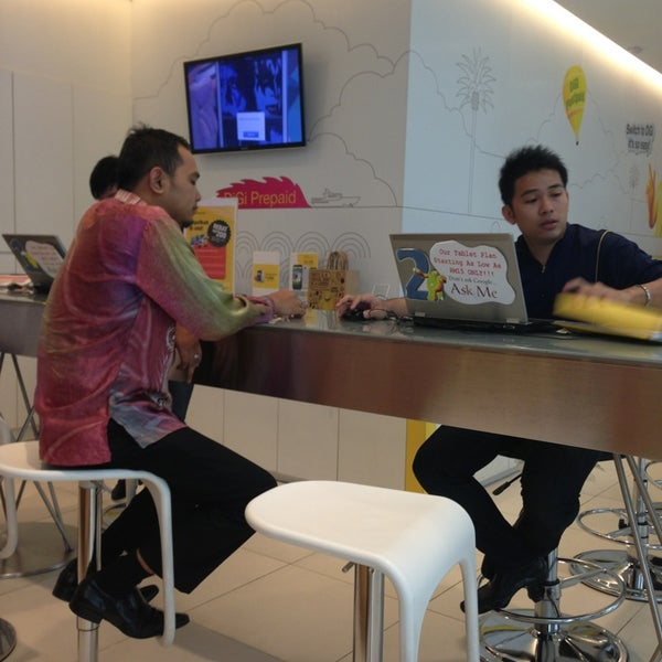 Photo taken at DiGi Center by FiQri A. on 5/23/2013